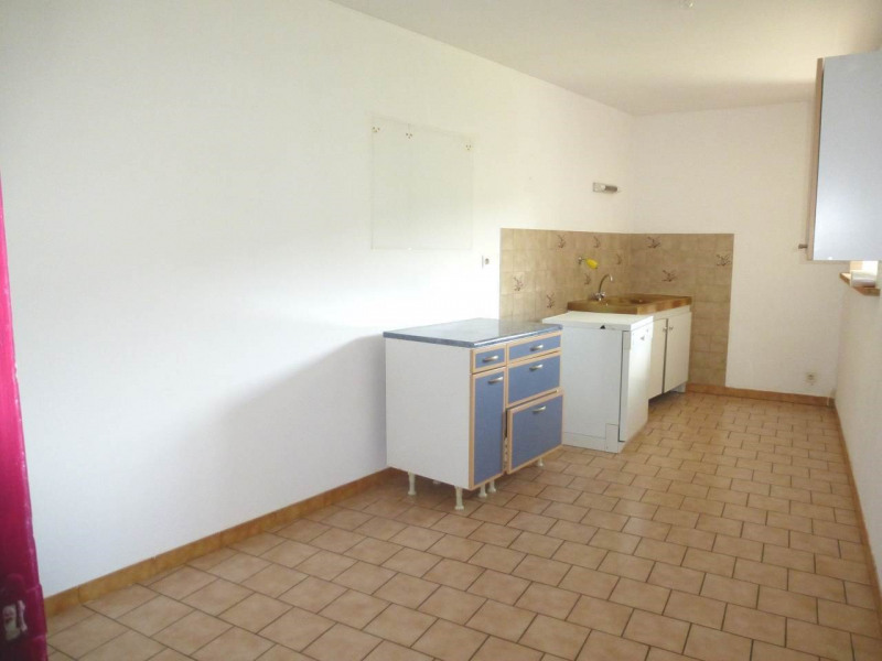 Location appartement Lalevade-d'ardèche 405€ CC - Photo 2