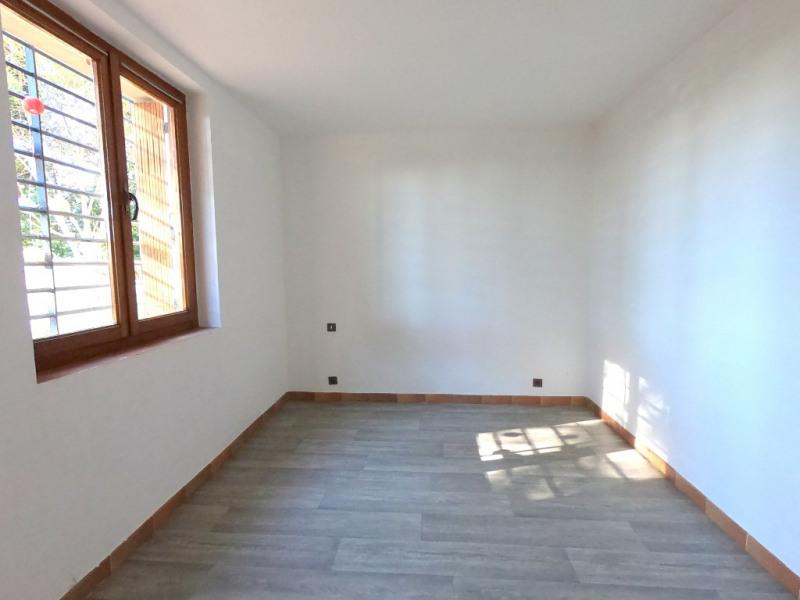 Location appartement Aix en provence 898€ CC - Photo 4