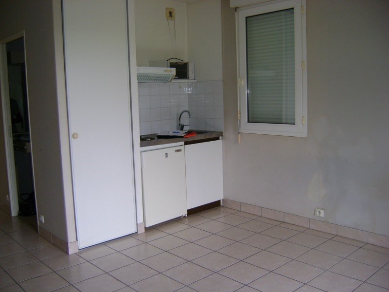 Rental apartment Onet le chateau 281€ CC - Picture 2