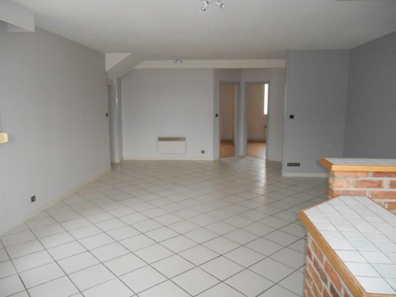 Location appartement Saint quentin 620€ CC - Photo 4
