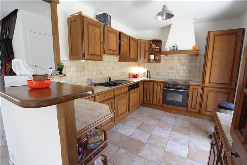 Sale house / villa Elancourt 419999€ - Picture 5