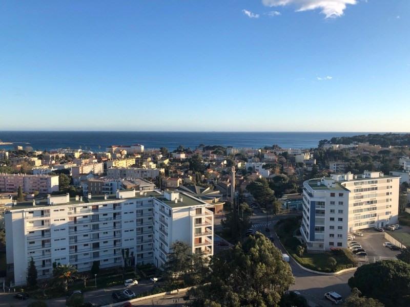 Rental apartment La seyne-sur-mer 960€ CC - Picture 2