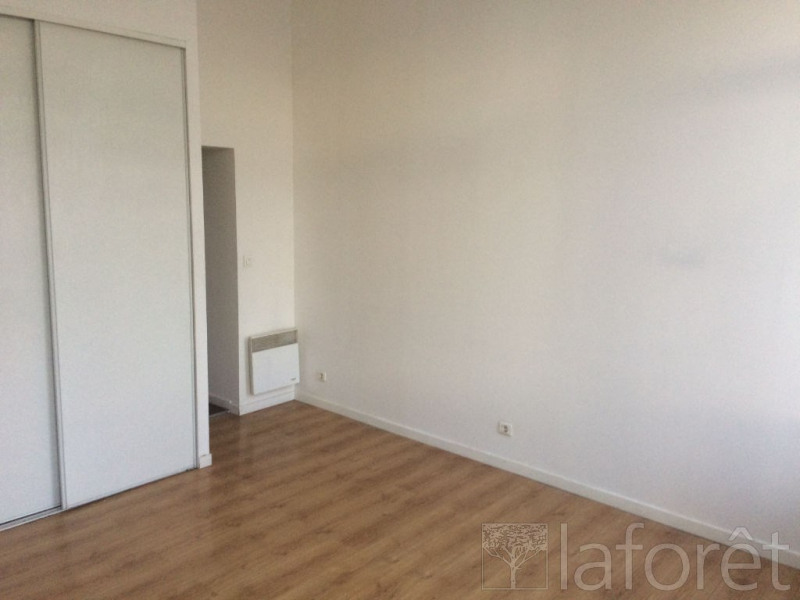 Location appartement Roubaix 420€ CC - Photo 1