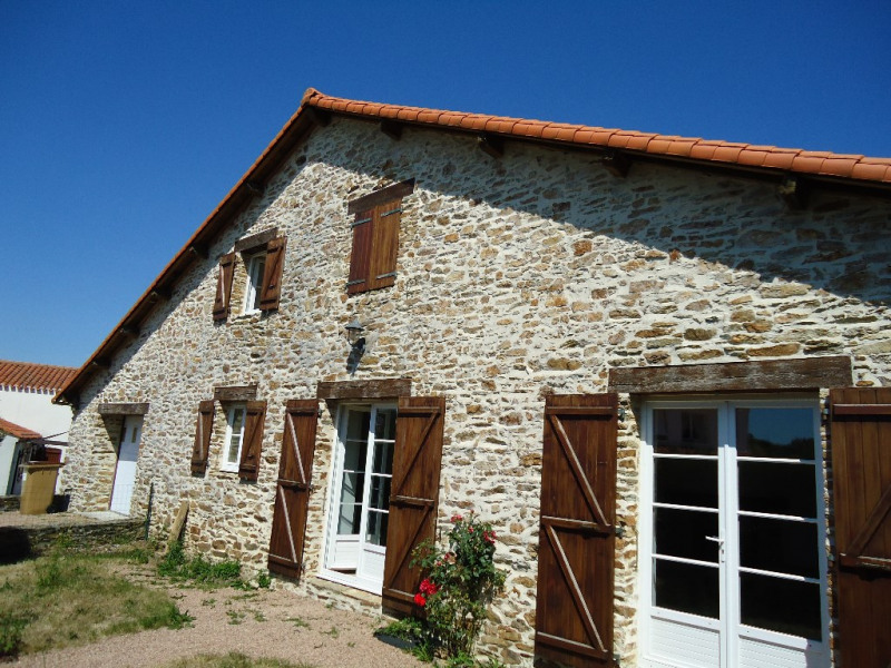 Sale house / villa Saint julien des landes 210 500€ - Picture 1