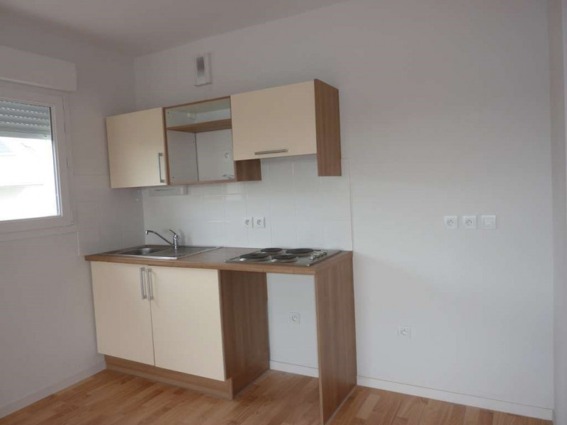 Rental apartment Pontivy 524€ CC - Picture 3