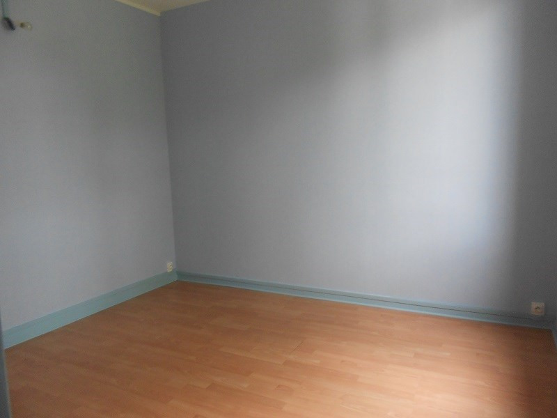 Rental apartment Provins 750€ CC - Picture 4