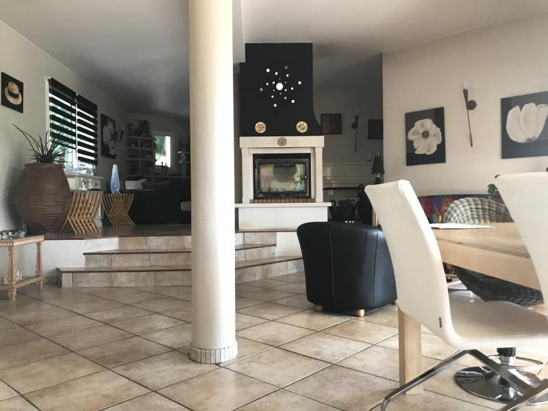 Deluxe sale house / villa Morlaas 605500€ - Picture 4