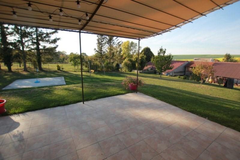 Vente maison / villa Châlons-en-champagne 210000€ - Photo 2