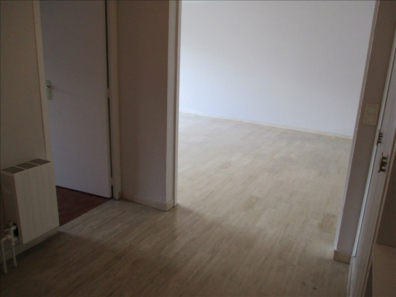 Location appartement Salon de provence 1 010€ CC - Photo 9