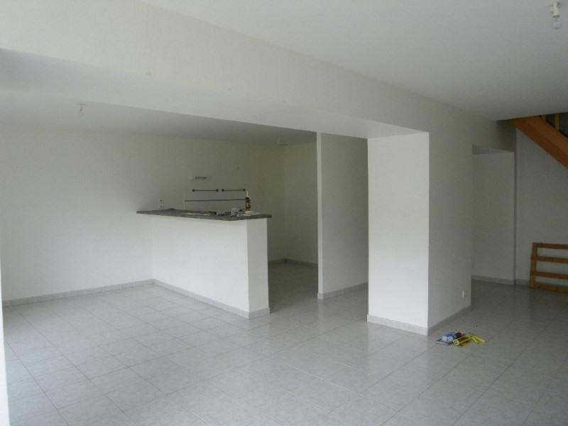 Rental apartment Cognac 671€ CC - Picture 2