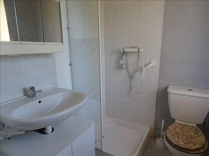Rental apartment Riorges 300€ CC - Picture 3