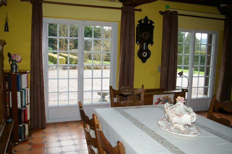 Sale house / villa Lisieux 325 500€ - Picture 3