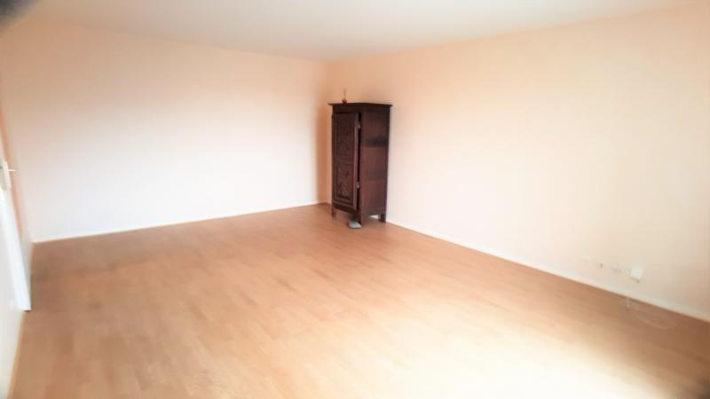 Sale apartment Noiseau 210000€ - Picture 3
