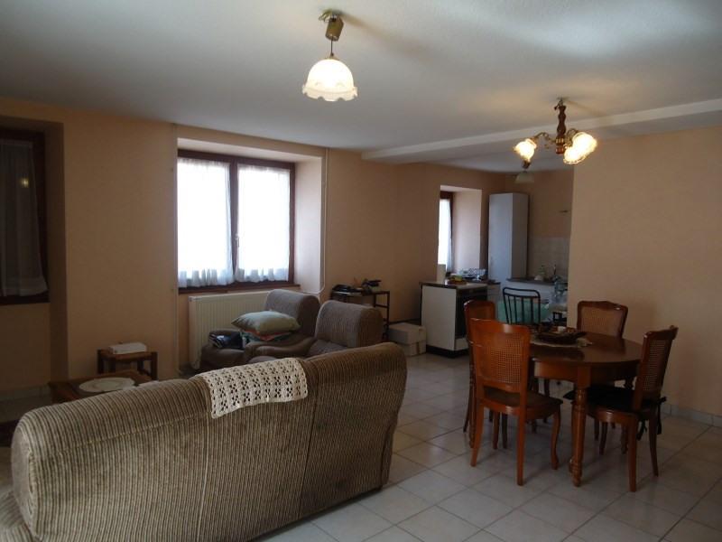 Location maison / villa St savin 759€ CC - Photo 3