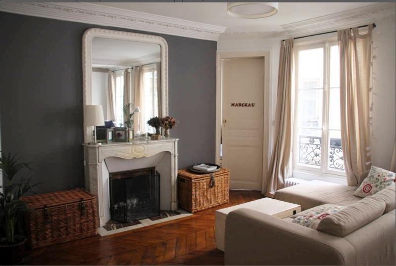 Sale apartment Paris 10ème 850000€ - Picture 2