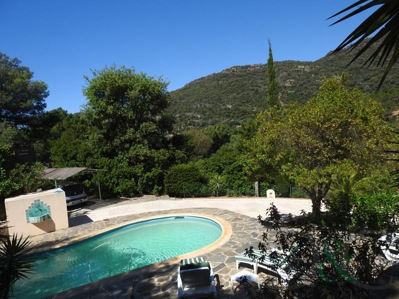 Deluxe sale house / villa Rayol canadel sur mer 650 000€ - Picture 2