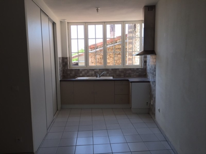 Location appartement Sauveterre de guyenne 465€ CC - Photo 2