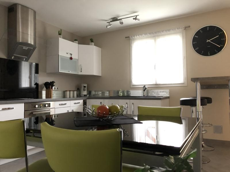 Sale house / villa Villemomble 349000€ - Picture 2