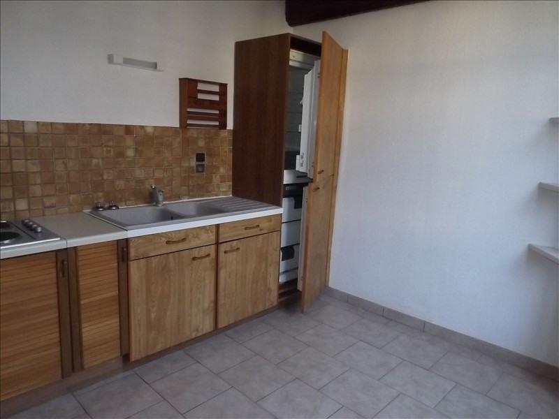Location appartement Chamant 660€ CC - Photo 3