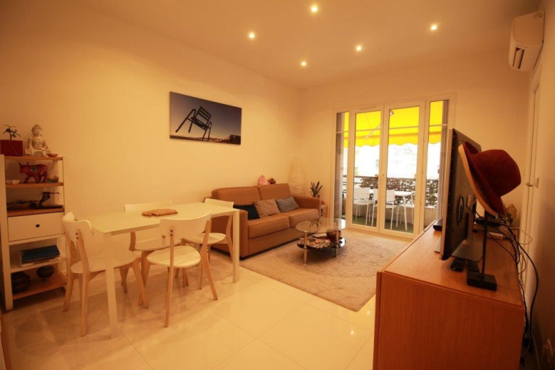 Sale apartment Nice 330 000€ - Picture 3