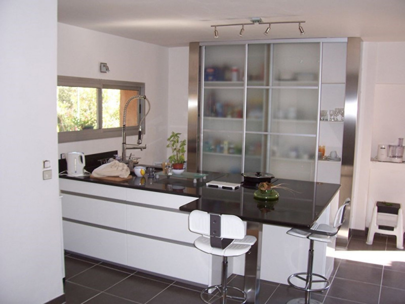 Deluxe sale house / villa Nimes 598 000€ - Picture 3