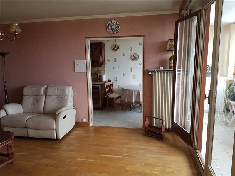 Sale apartment Franconville 180000€ - Picture 2