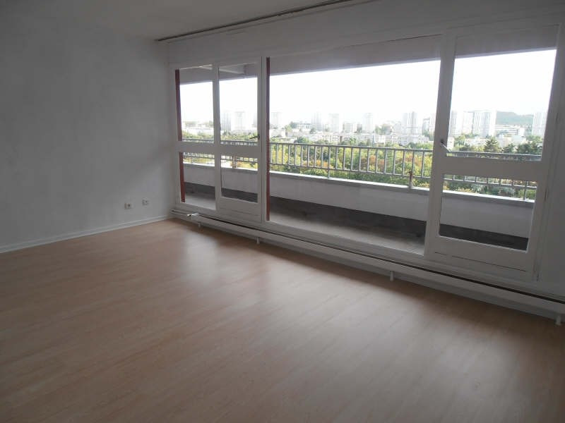 Location appartement Nanterre 1465€ CC - Photo 1