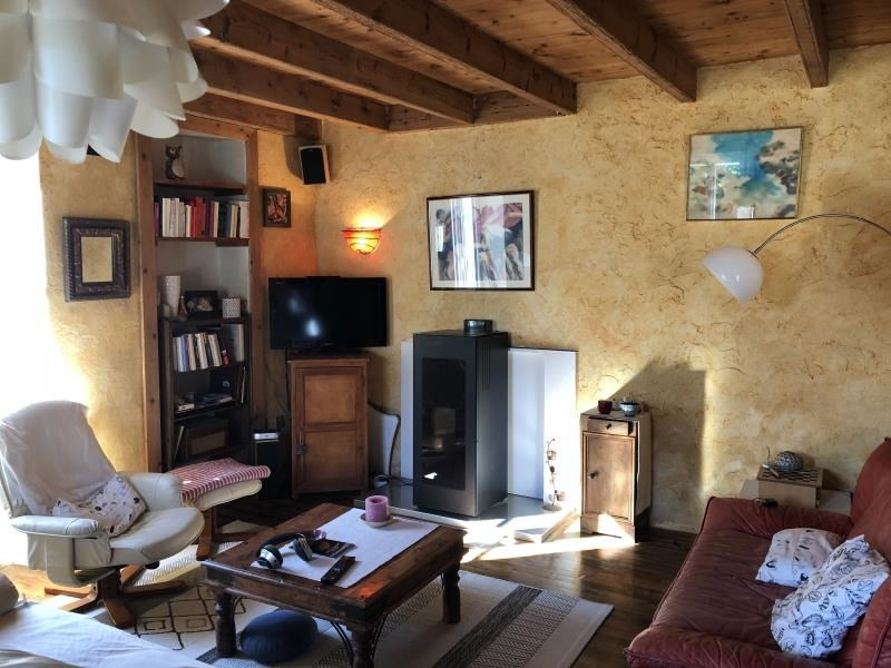 Sale house / villa Iteuil 180 000€ - Picture 4