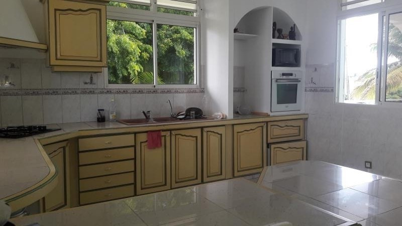 Rental house / villa Ste anne 1 500€ CC - Picture 10