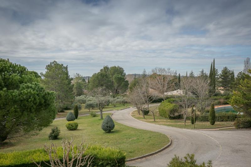Vente de prestige maison / villa Aix en provence 860000€ - Photo 2