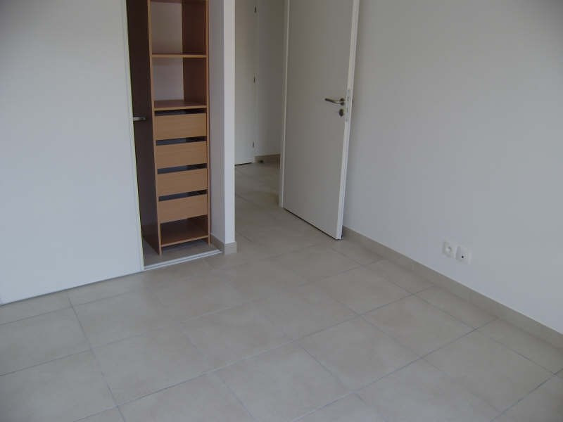 Location appartement Pelissanne 755€ CC - Photo 4