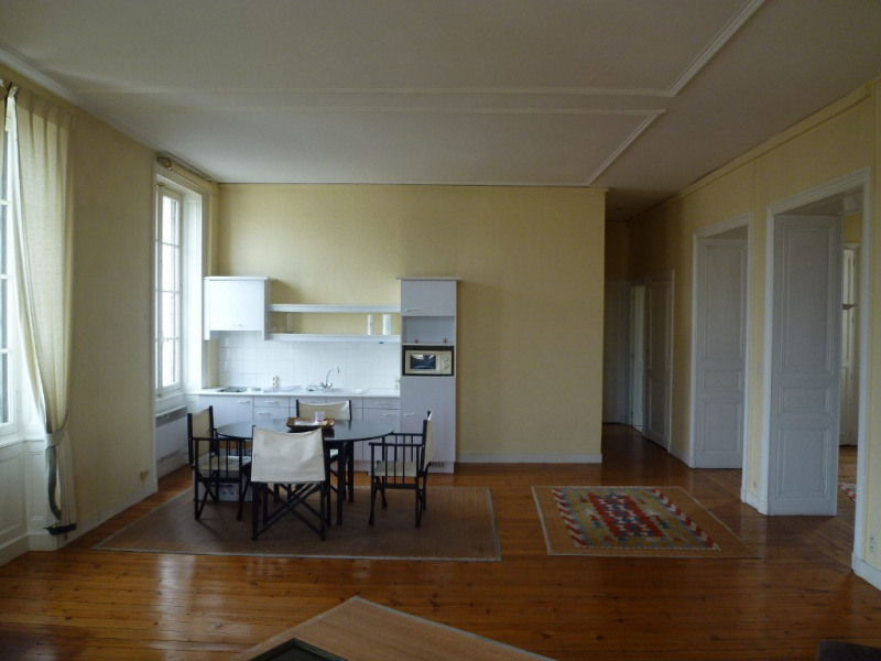 Rental apartment Cognac 565€ CC - Picture 3