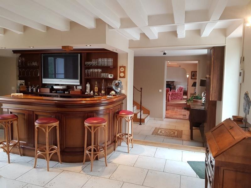 Deluxe sale house / villa 4 min montfort l'amaury 695000€ - Picture 2