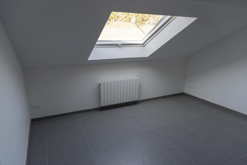 Location appartement Nantua 299€ CC - Photo 1