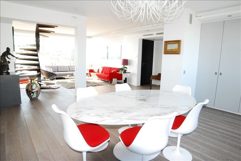 Deluxe sale apartment St cloud 1863000€ - Picture 2