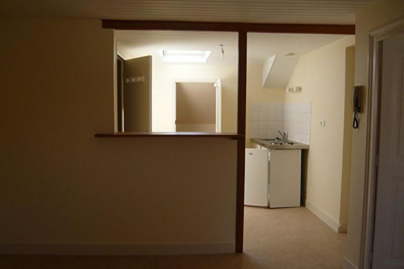 Location appartement Perigueux 311€ CC - Photo 3