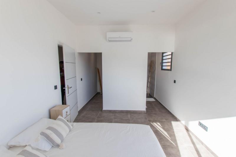 Deluxe sale house / villa Saint gilles les bains 605000€ - Picture 4