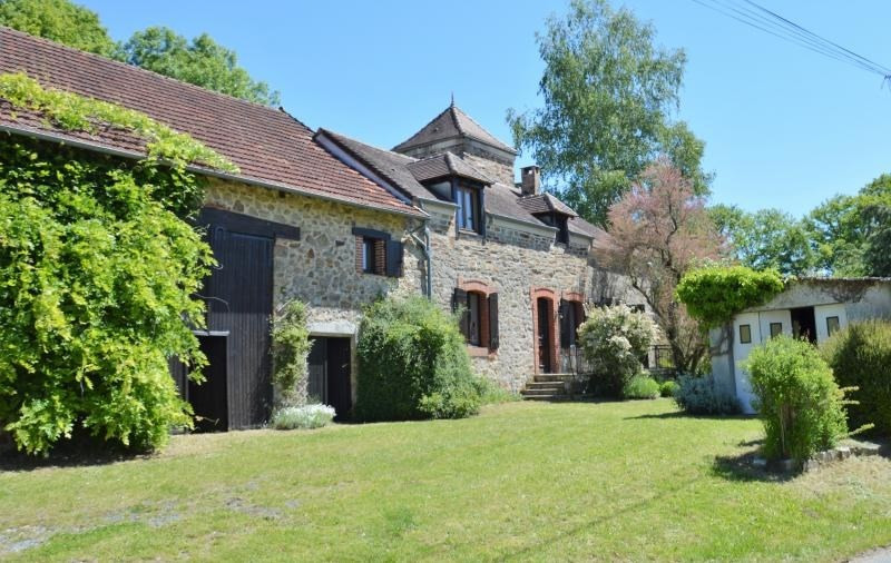 Deluxe sale house / villa Ladignac le long 273 000€ - Picture 1
