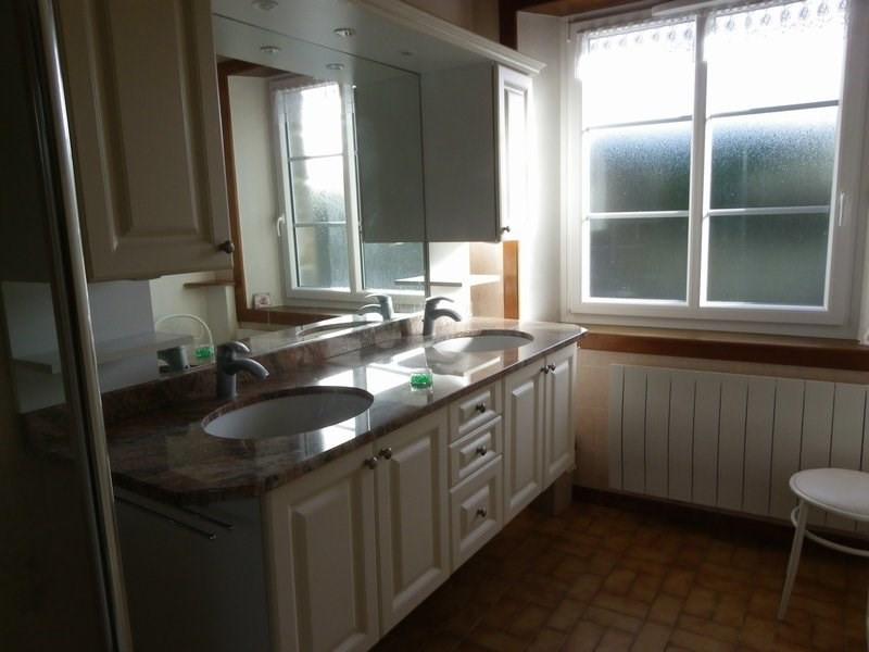 Location maison / villa Surtainville 700€ CC - Photo 7