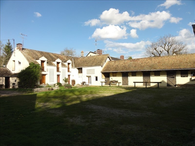 Equestrian property 8 rooms