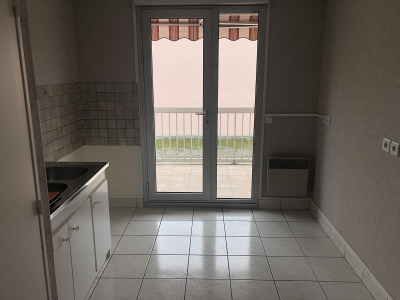 Location appartement Nevers 650€ CC - Photo 2