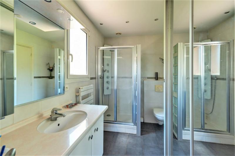 Deluxe sale house / villa Saint laurent du var 884000€ - Picture 15