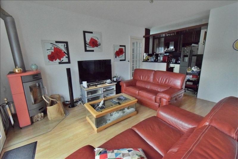 Sale house / villa Artiguelouve 245000€ - Picture 3