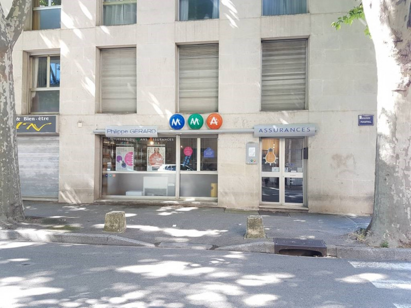 Location local commercial Avignon 1 442€ CC - Photo 2