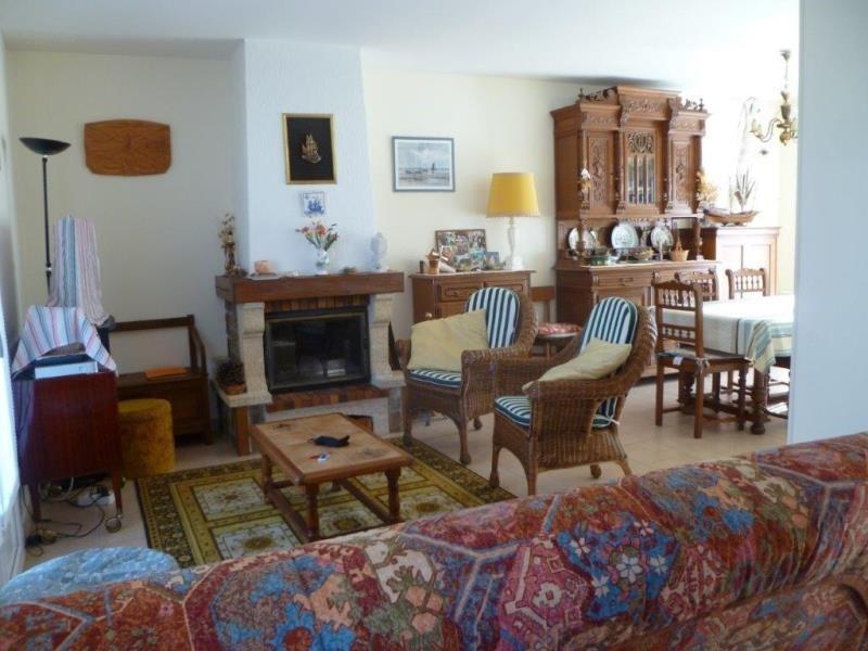Vente maison / villa Le chateau d'oleron 230800€ - Photo 3