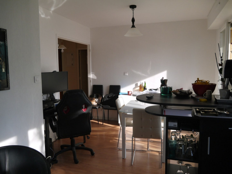 Life annuity apartment Jarrie 27 500€ - Picture 2
