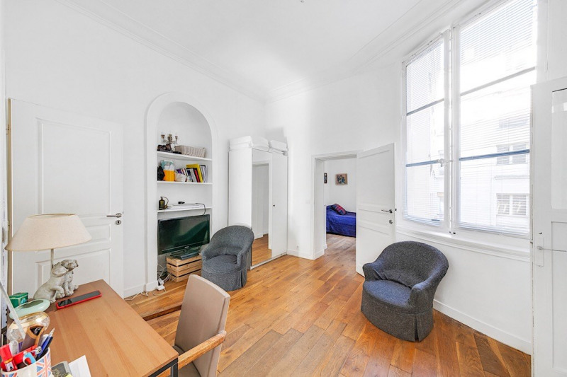 Vente appartement Paris 3ème 875 000€ - Photo 2