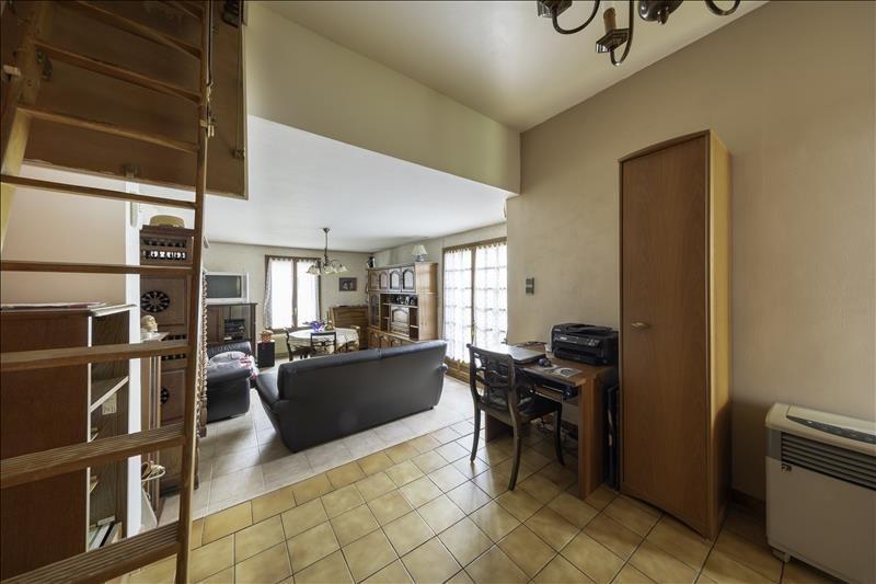 Sale house / villa Villeneuve le roi 220000€ - Picture 3