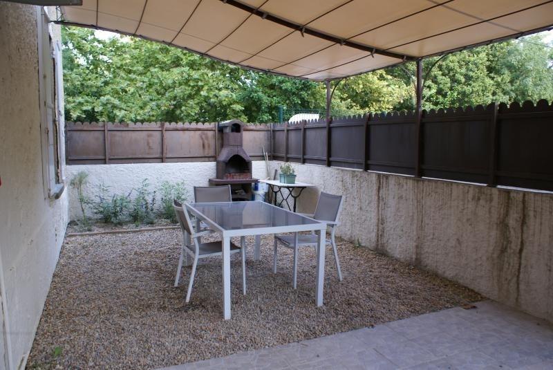 Vente maison / villa Entraigues sur la sorgue 167000€ - Photo 8
