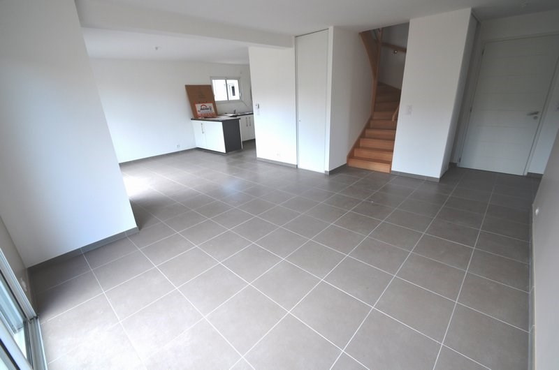 Location maison / villa Agneaux 780€ CC - Photo 4